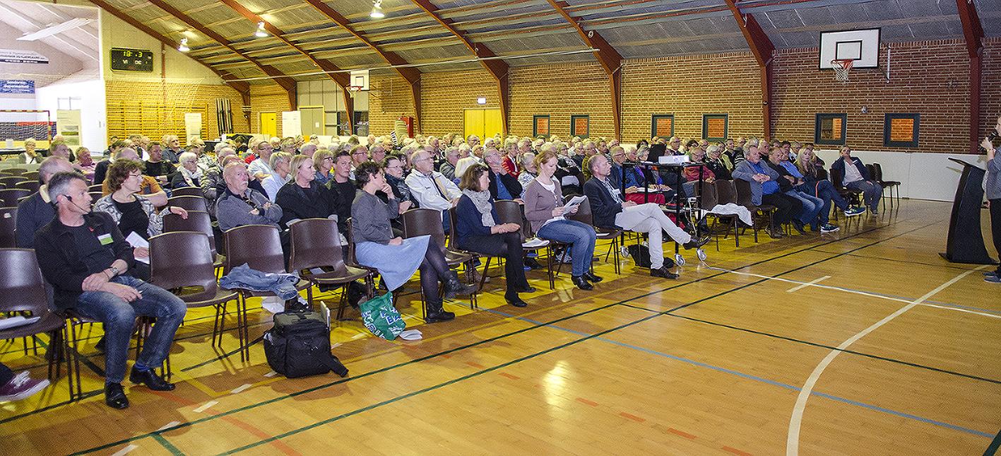Borgermøde 21. maj 2015 Kloster vedr. Vesterhav syd Havmøllepark © Foto: Anita Corpas
